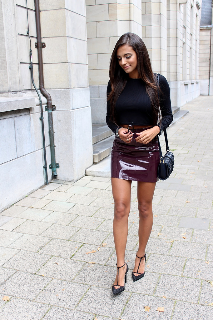 Leather-Skirt-Street-04