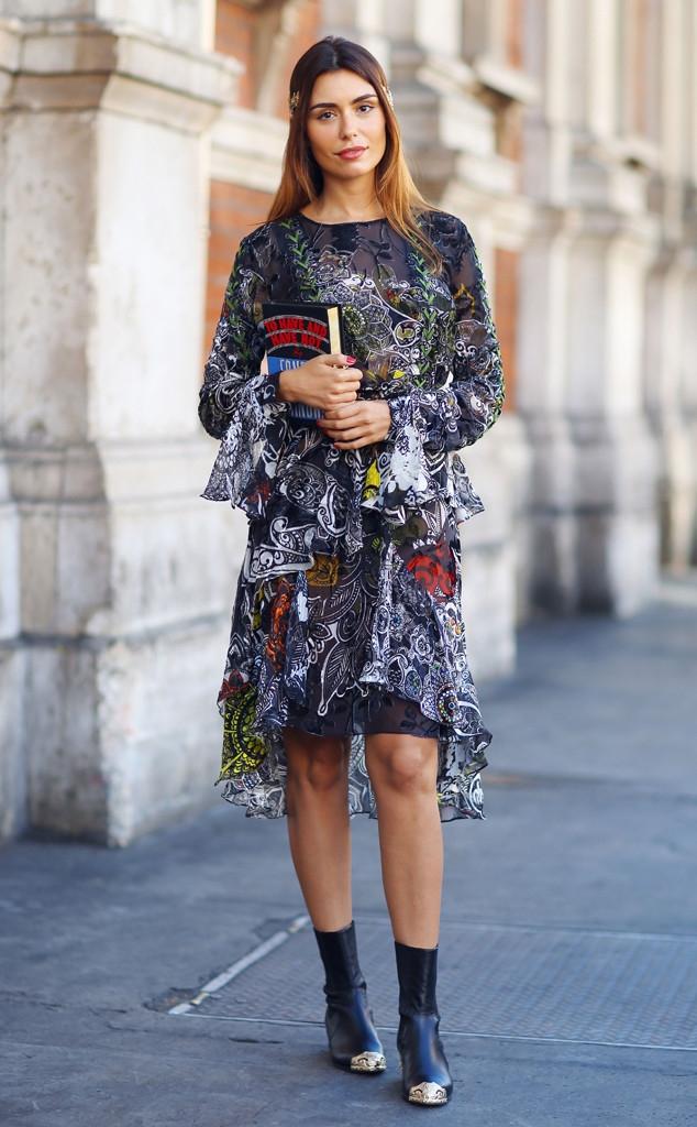 rs_634x1024-150920074917-634.Street-Style-London-Fashion-Week.jl.092015.a