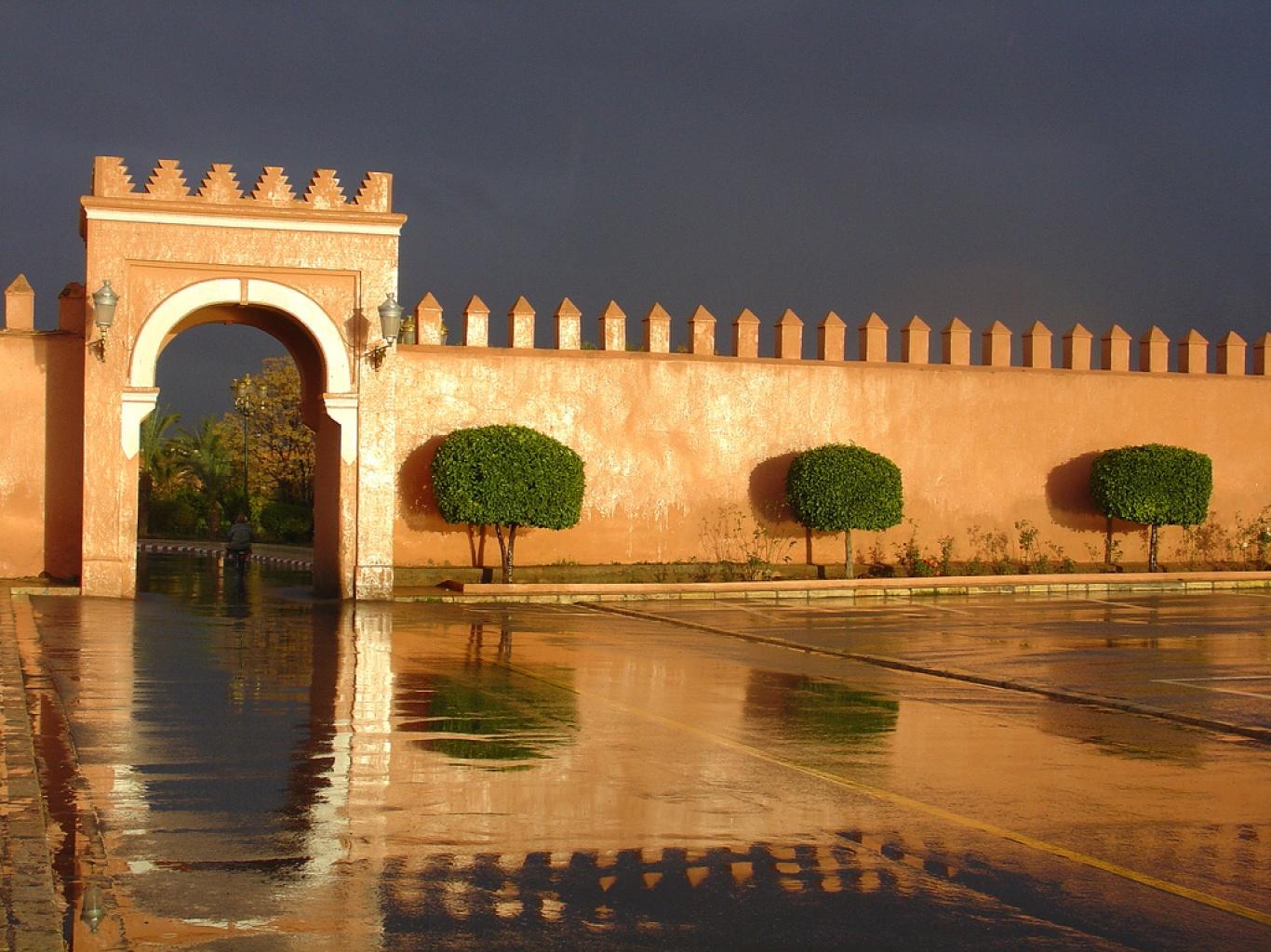 1366_1269645946_muros-medina-marrakech-marruecos