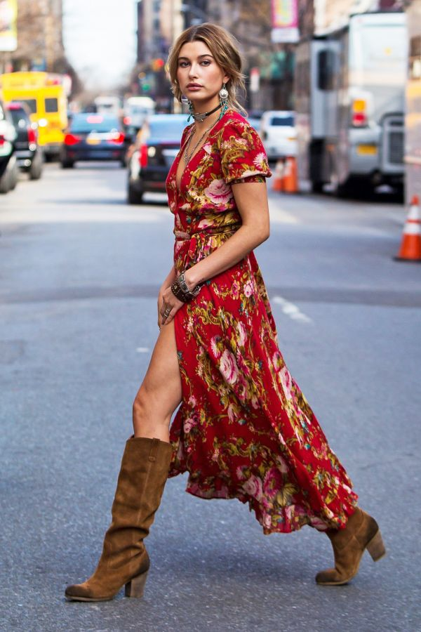 hailey-baldwin-maxi-dress-street-style-600x900