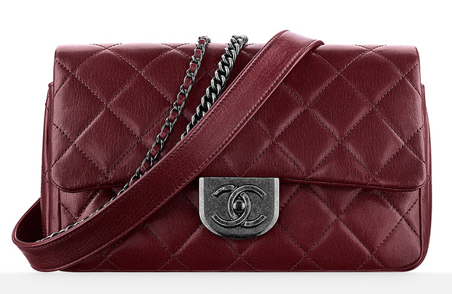bolsa-chanel-flap-bag-with-waist-chain-4400